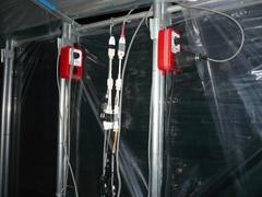 温床線の漏電調査。