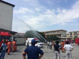 鴻巣市の防災訓練です。放水訓練です。