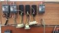 天窓の押しボタンスイッチは仮設動力電源で仮繋ぎ。