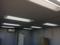 プレハブ事務所全灯点きました。