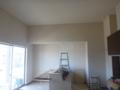 いつの間にか、クロス張り・壁塗りまでされていました。