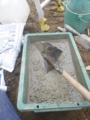 今日も、手こねの砂利入りのモルタルです。