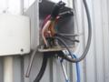 ここのプールボックスから、動力電源は取り出します。