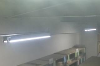 LED蛍光灯器具も点きました。