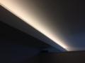間接照明も、境目なくなかなか良い感じです。
