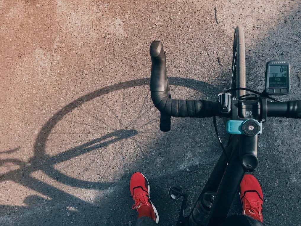 ロードバイク通勤用のシューズの組み合わせを見てみよう