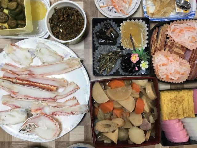おせち料理の食卓