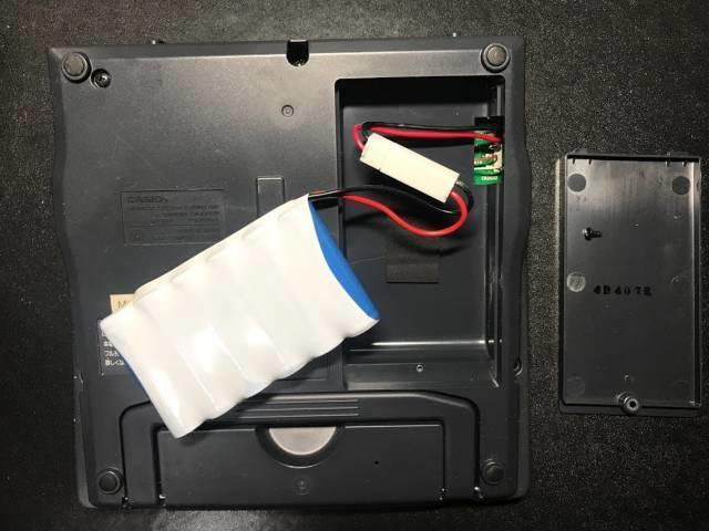 カシオネームランド「KL-3100」の内蔵バッテリー