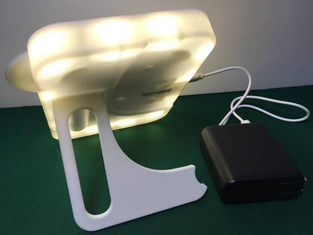「LEDビューティミラー」のスタンド