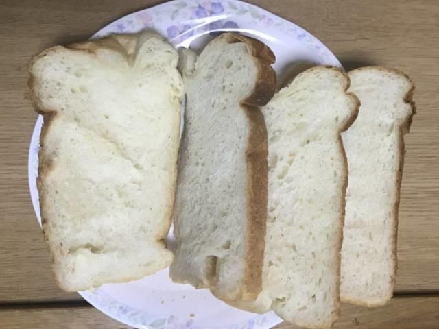 「おうち乃が美」再挑戦1回目の貧相なパン