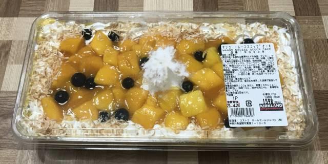 コストコの「マンゴームーススコップケーキ」パッケージ