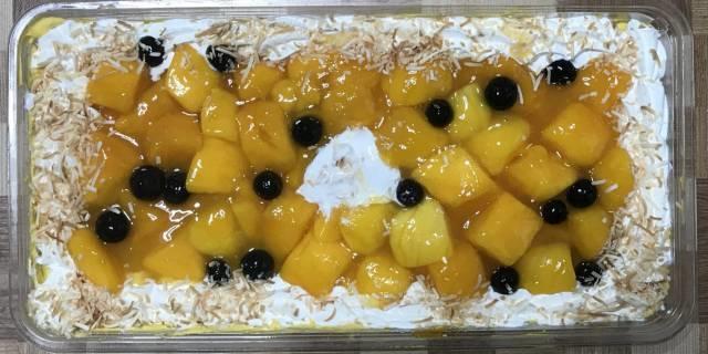 コストコの「マンゴームーススコップケーキ」