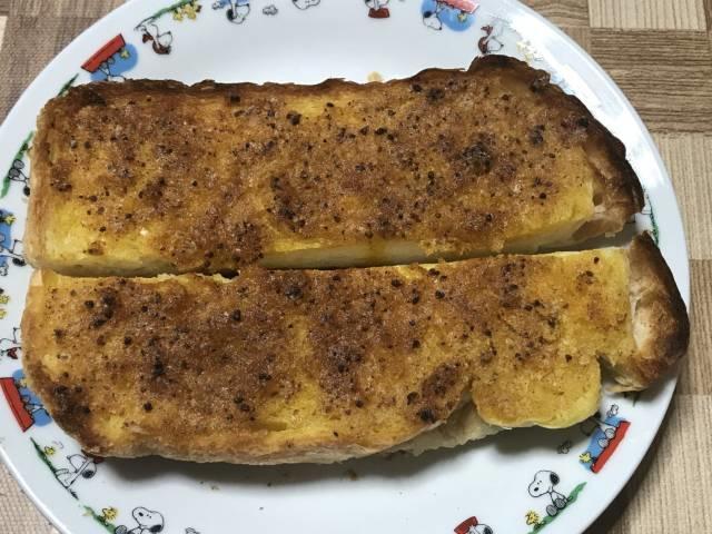 ソントン「ポテトースト カレー味」を塗ってトースト