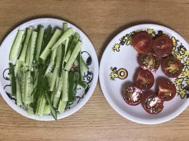 きゅうり、トマト