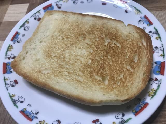 イーグルで焼いた食パンのトースト