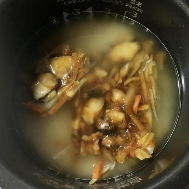 「たこ飯の素」を凍ったまま炊飯器にセット