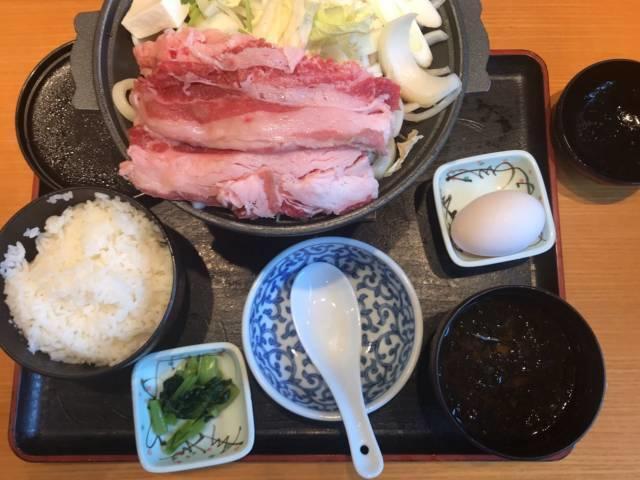 「牛すき焼き鍋和食膳」の牛すき焼き鍋