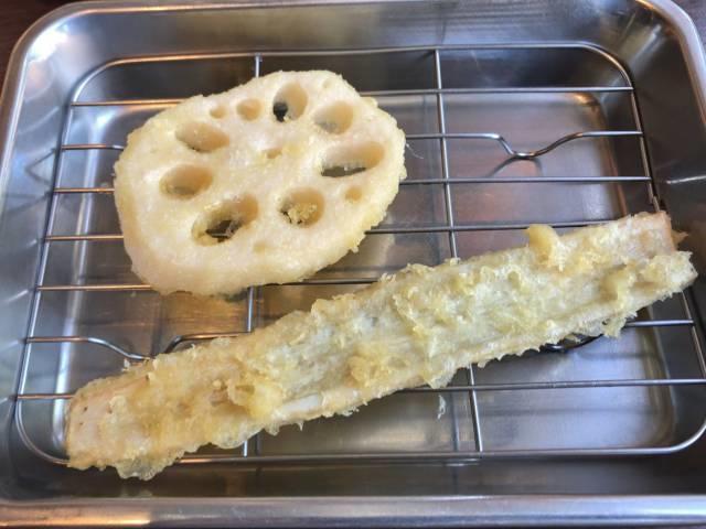 レンコンとごぼうの天ぷら