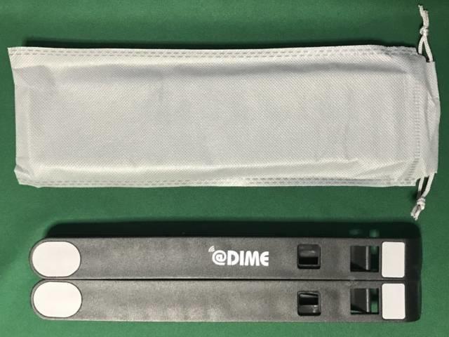 「モバイルPCスタンドMAX」のポーチと本体裏