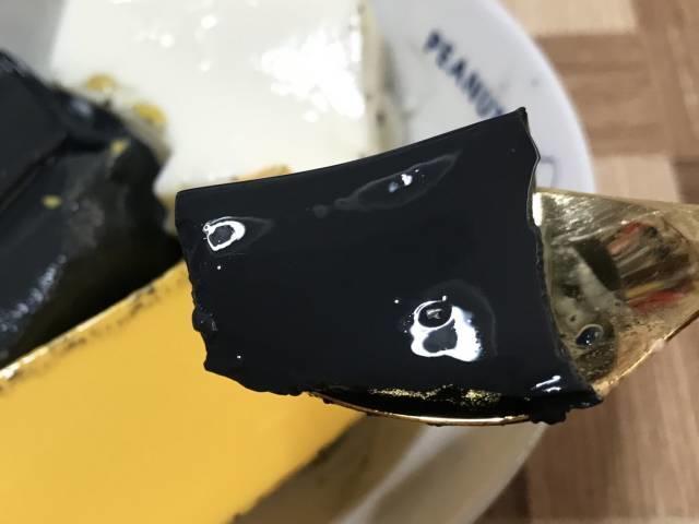 「パンダブラック杏仁豆腐」ひとくち