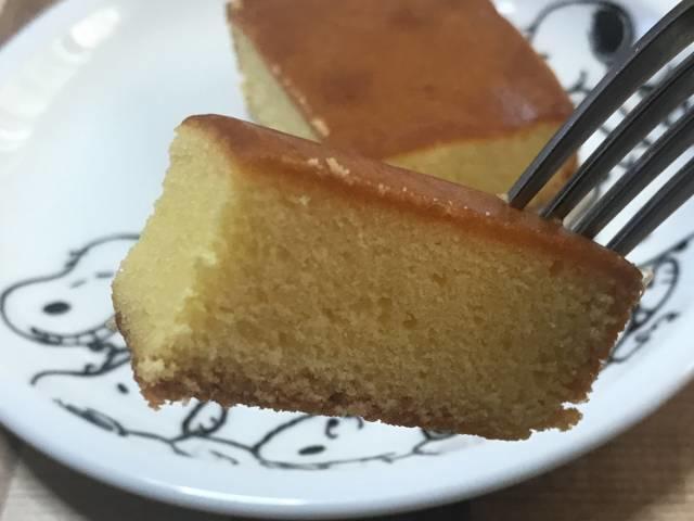ダイソー「しっとりとしたチーズケーキ」をひとくち