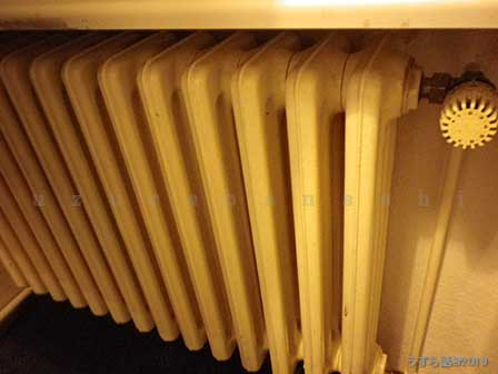 温水暖房器