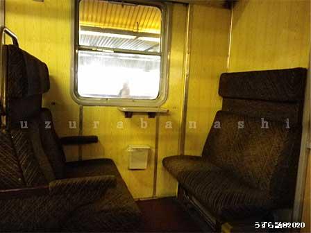 ポーランドの電車の座席
