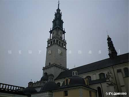 ヤスナ・グラ寺院の塔