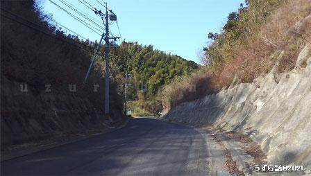 山へ行く道
