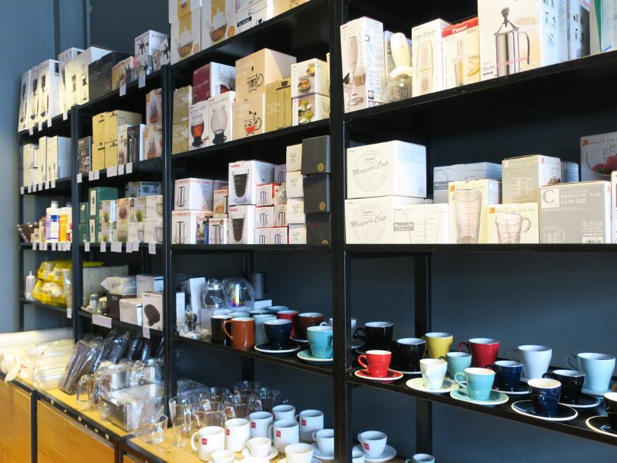 HARIO製品が揃うビエンチャンのコーヒー器具屋