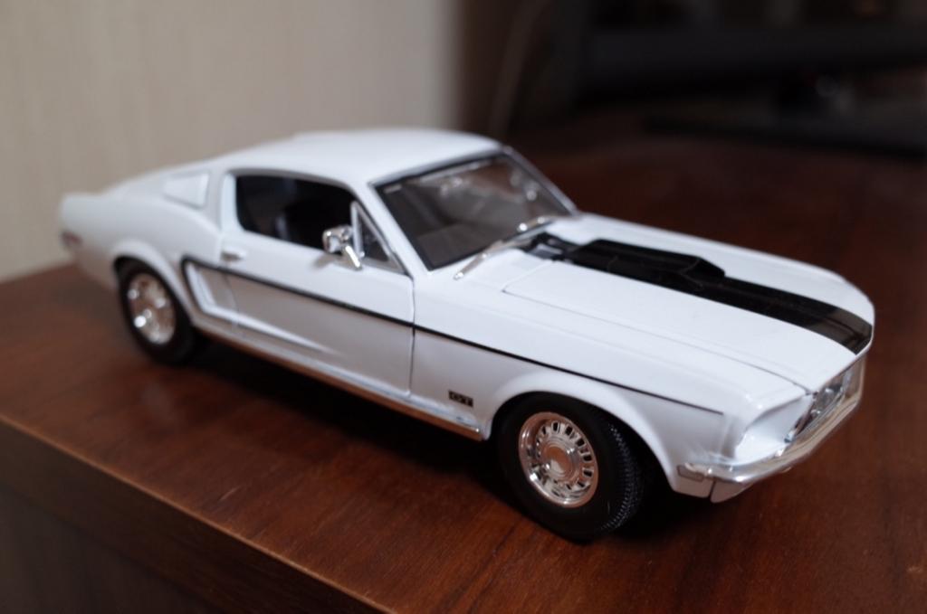 Maisto社の『1968 Ford Mustang GT Cobra Jet Fastback』