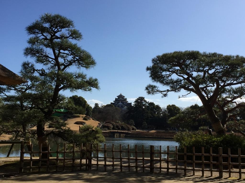 岡山県後楽園から見える岡山城