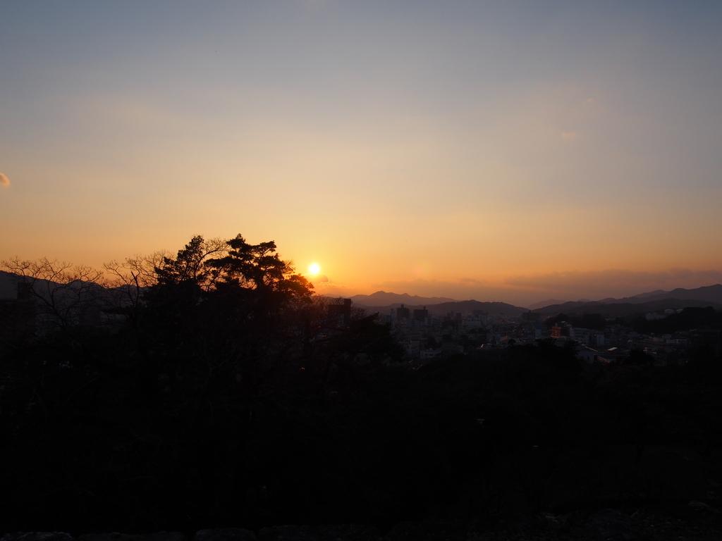 高知県高知城から見た夕日