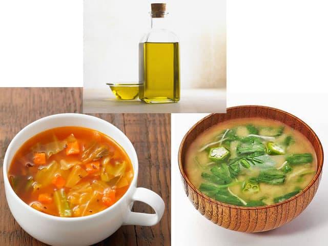 オリーブオイルと味噌汁とミネストローネの写真