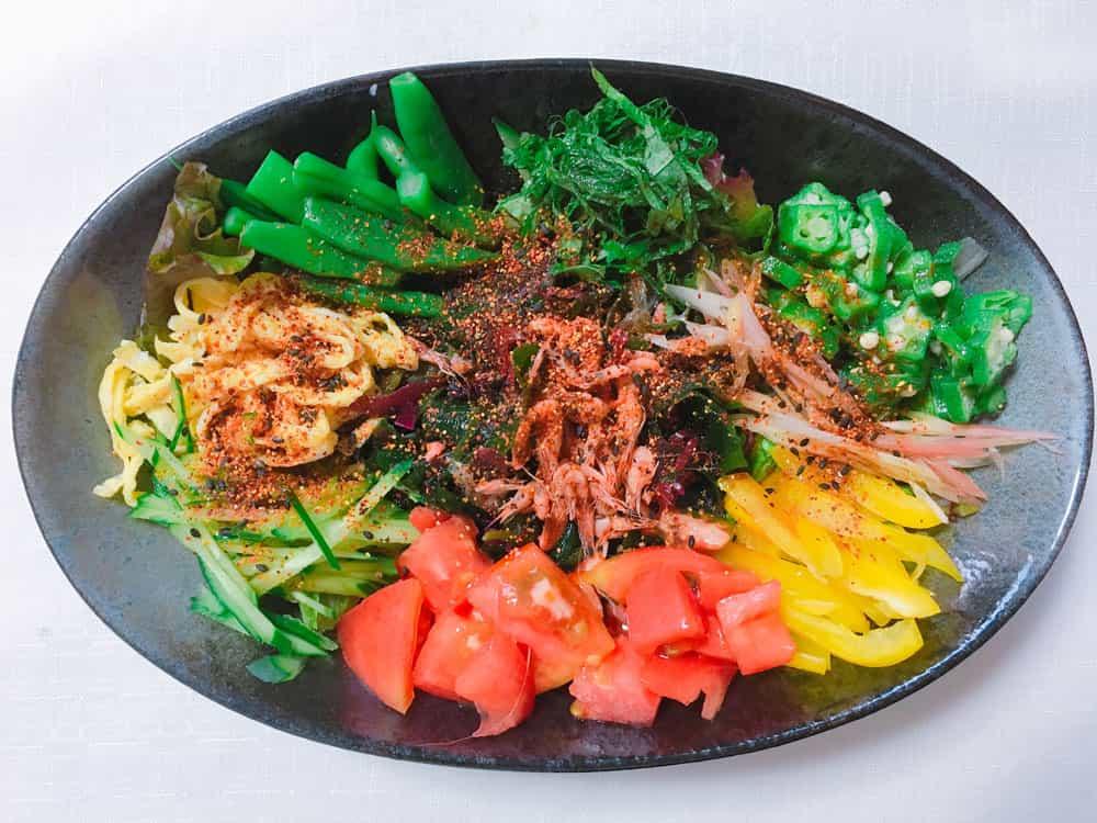 海藻サラダ混ぜご飯の写真
