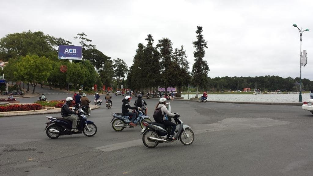 f:id:vietnamoni:20171210110126j:plain