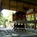 鎮守の森の神輿