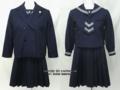 湘南白百合学園小学校の制服