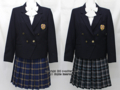 駒場学園高校の制服(冬・夏)