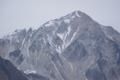 薄ら雪化粧の五竜岳