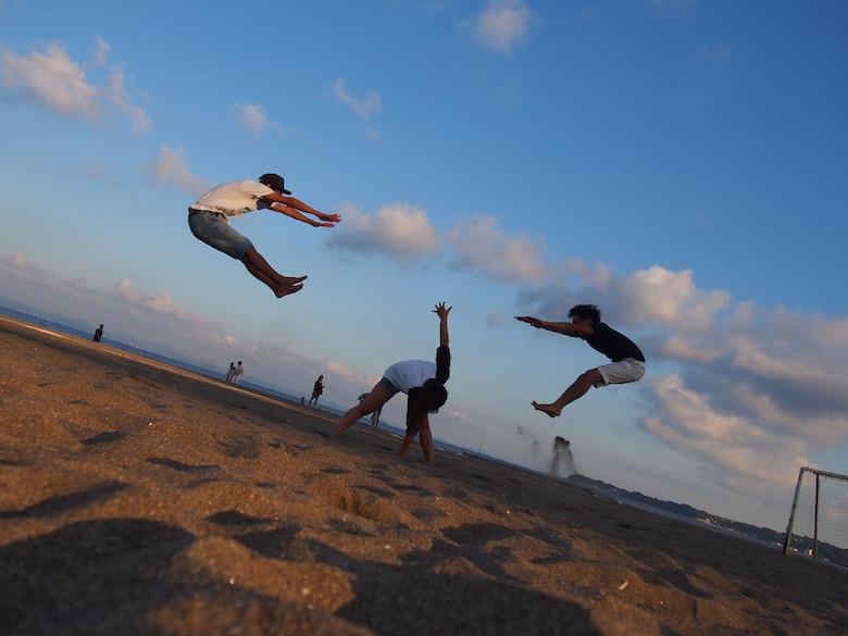 9月の三浦海岸で飛ぶ