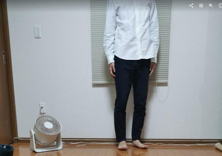 無印良品白シャツ