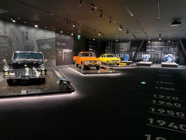 いすゞプラザ 展示車 レトロカー