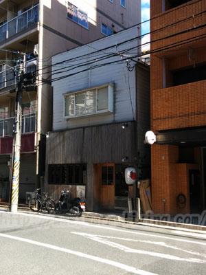 福岡秀ちゃんラーメン店舗前