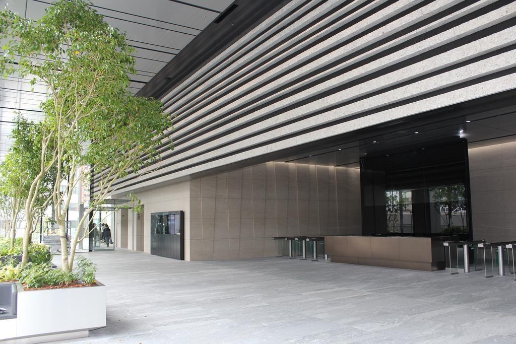 渋谷ソラスタの入口