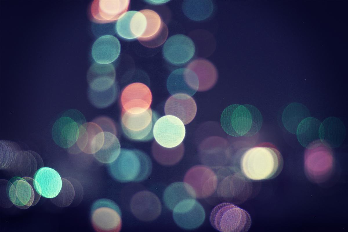 キラキラ輝くライトの灯