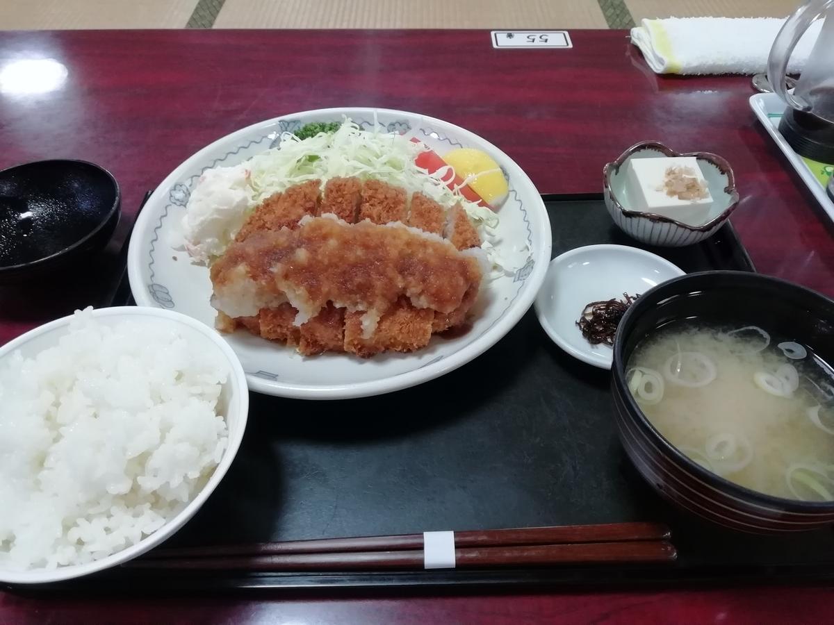食堂で食べたおろしとんかつ定食