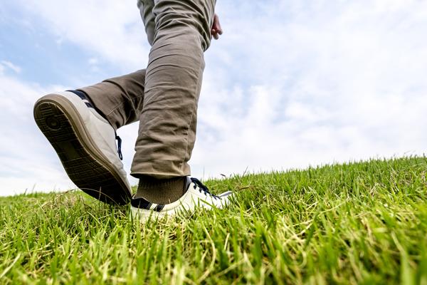 O脚を改善できる歩き方