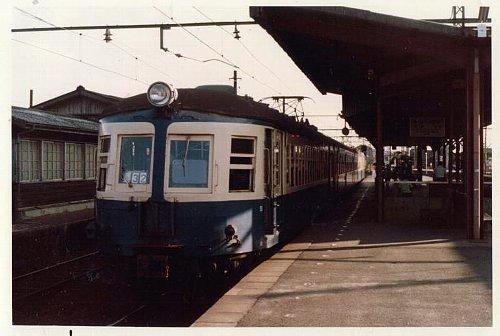 豊川駅に停車中の流電ことモハ52 画像は直接本文と関係ありません