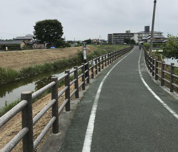 f:id:whitecollarcyclist:20180801100000j:plain